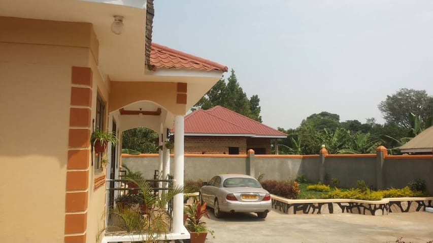 Entebbe affordable home to stay while in Uganda