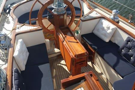 Übernachtung auf 18-Meter-Yacht - Maasholm - ボート