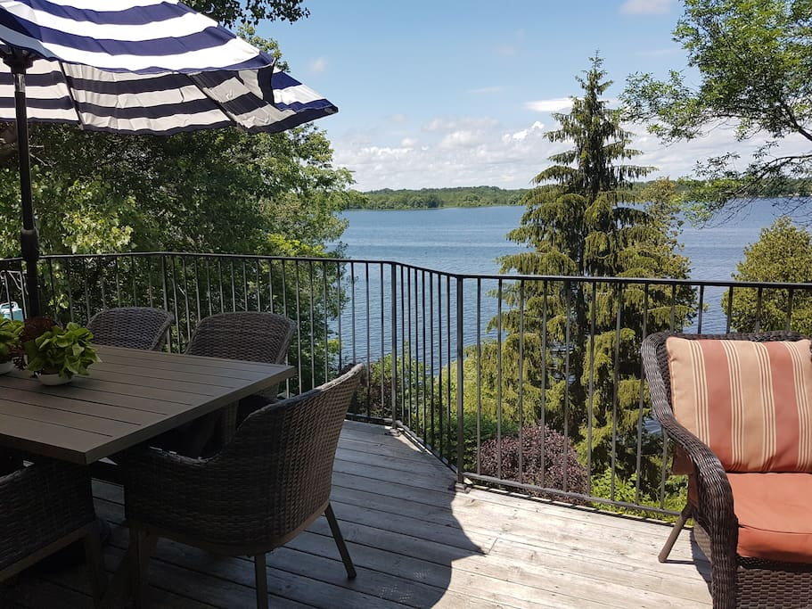 Back deck overlooking the picturesque Bay of Quinte. Perfect to watch the sailboats, birds, butterflies and bunnies go by.