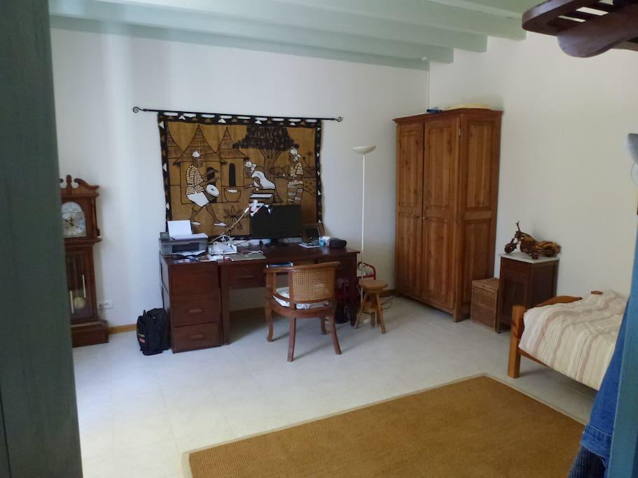 Chambre/bureau 2 lits 90X200