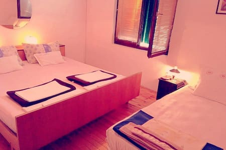 Budget double room 1 - 1 guest only - Hus