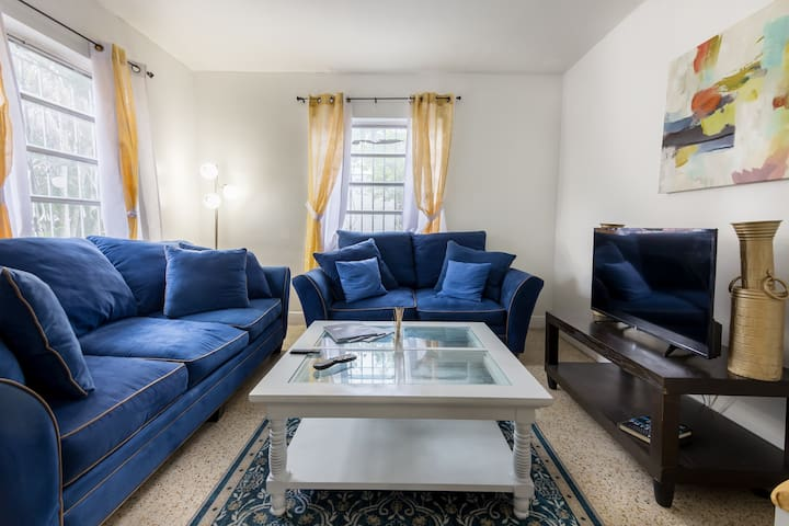 ***2Bedroom 3miles from Airport and Wynwood***