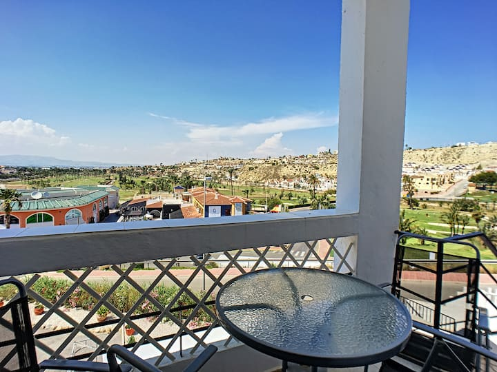 one bedroom, golf views, free wifi, small terrace