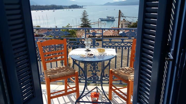 Aquarella-Dreamy view apartment in centre of Poros