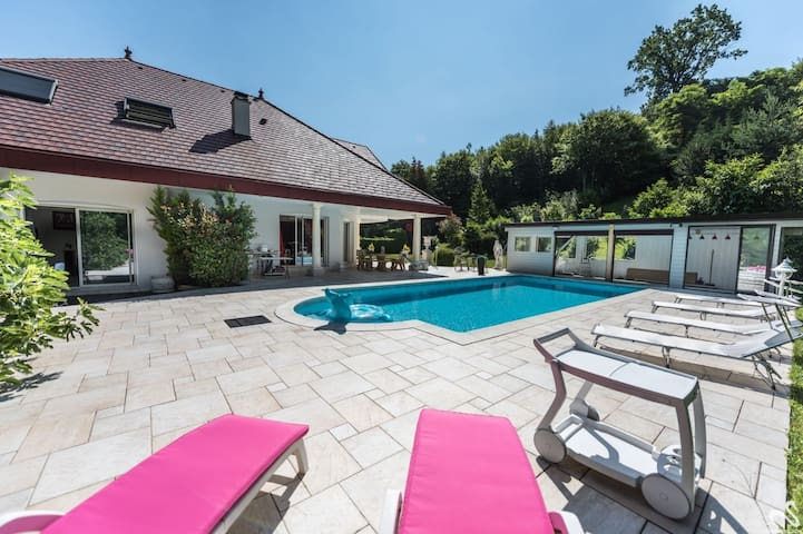 Two nice rooms in a nice Villa Annecy  5 mn -Lake
