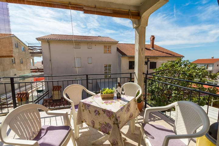 Accomodation in Crikvenica for 2-4 pax