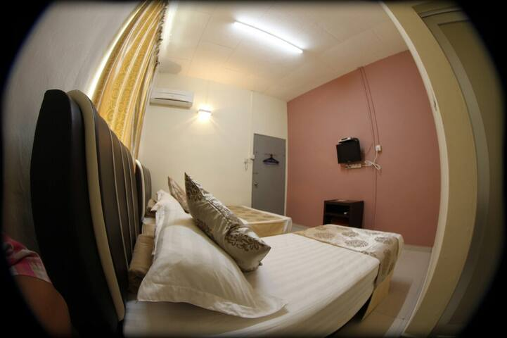 Warni Villa 45 (Room F) Sg.Abong, Muar