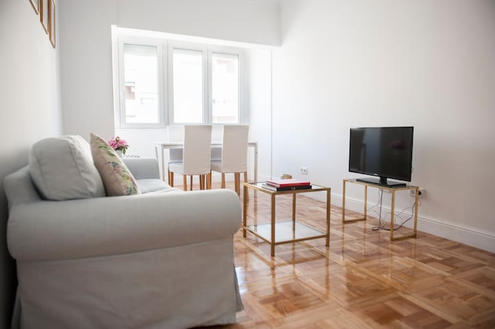 Cozy Apartment near Bernabeu/Apartamento Bernabéu - Madrid