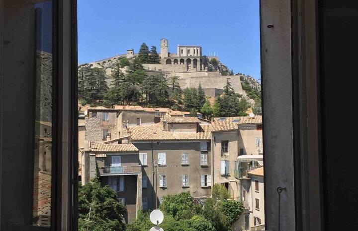 Sisteron: chambre avec vue sur la Citadelle