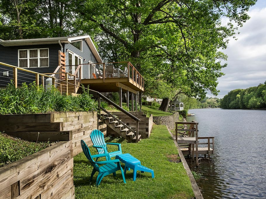 Private Waterfront, Deck and Dock