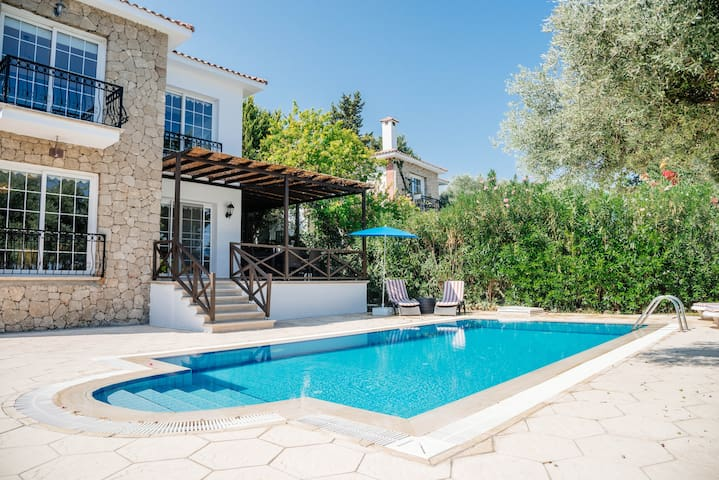 Villa Cyprium with private pool