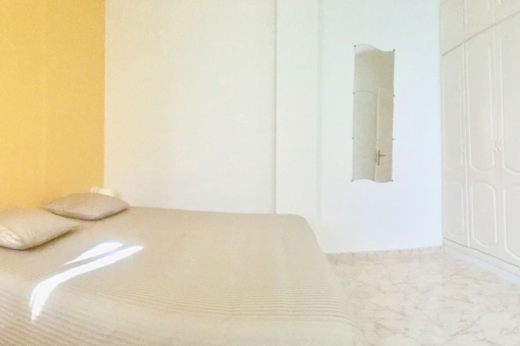 The room is 16m2