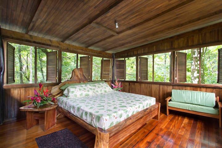 NATURA RESERVE Casa Matapalito Tower Master Bedroom KING bed (Room #4)