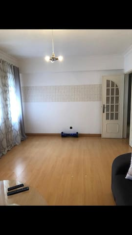 Beautiful spacious 2 bedroom apartment