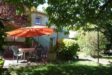 Les Gardénias - Chambre Thaï - Toulouse - Bed & Breakfast