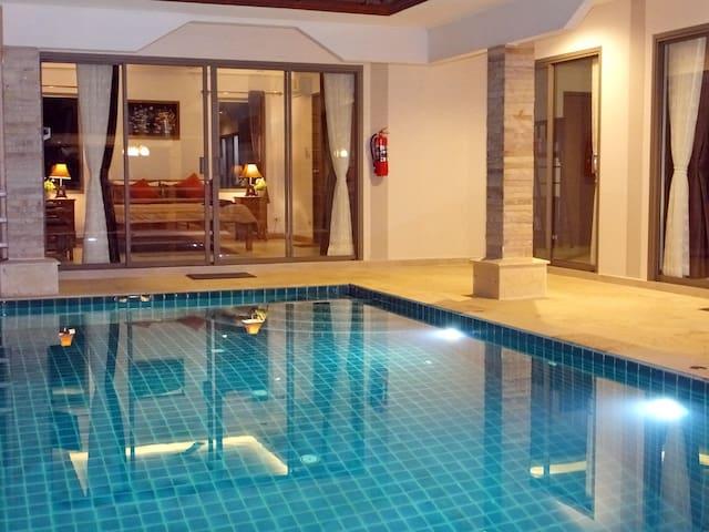4人套房豪華間私人泳池別墅