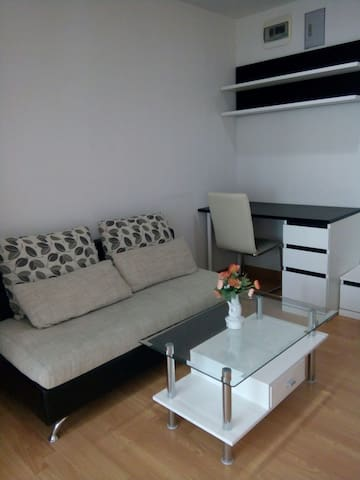 Fully furnish apartment in town - เมือง - Byt