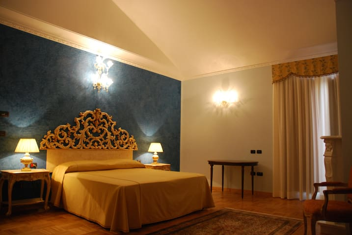 La Chiusa di Massanova Grand Relais - Senise - Bed & Breakfast
