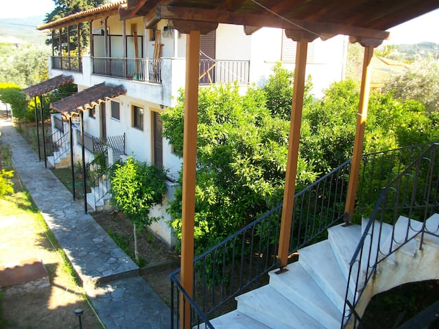 The two-floor apartment on the north of Evia 1 - Agiokampos - Departamento