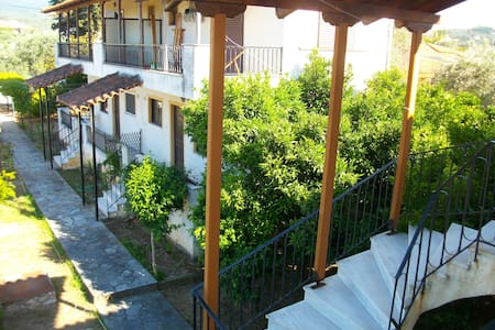 The two-floor apartment on the north of Evia №1 - Agiokampos