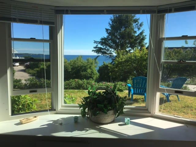 Cape Cod Guest Suite w/ views