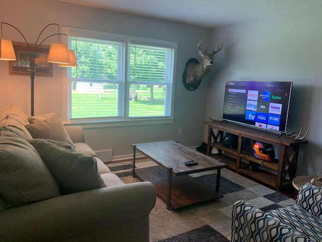 Freshly Renovated Home In Quincy IL
