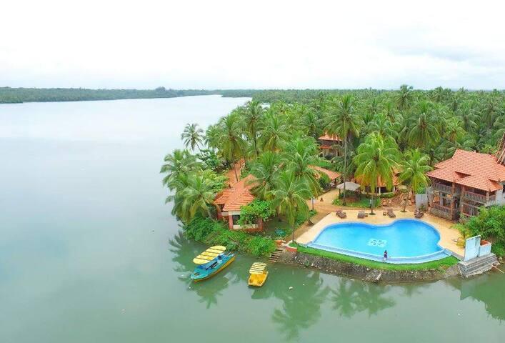 Udupi Homestay: Blue Water Cottages