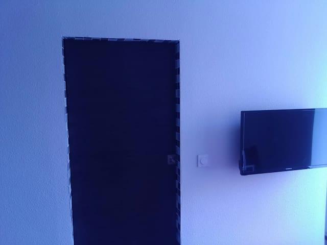 Beau studio  aulnat ladoux brezet - Aulnat - Apartmen