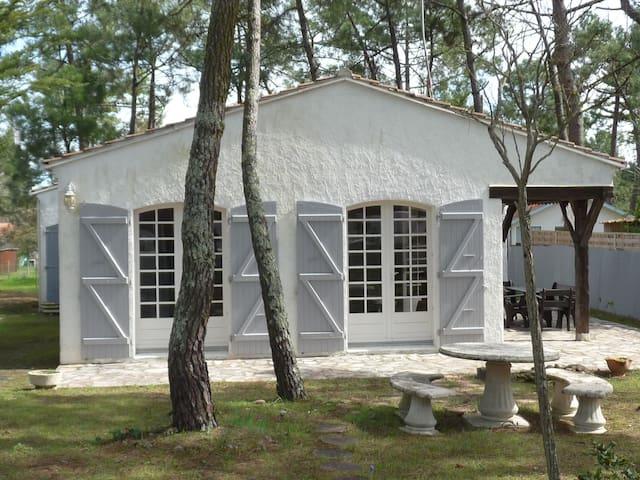 Villa de charme à 200 m de la plage - La Tranche-sur-Mer - Vacation home