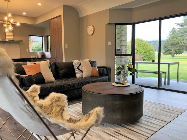 Rotorua Golf Side Lodge-Free $100 Spa Voucher