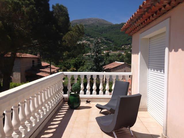 1 chambre dans villa entre mer et montagne - Vence - Villa