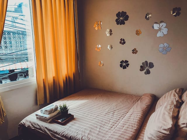 Private cozy room near Khaosan Road.