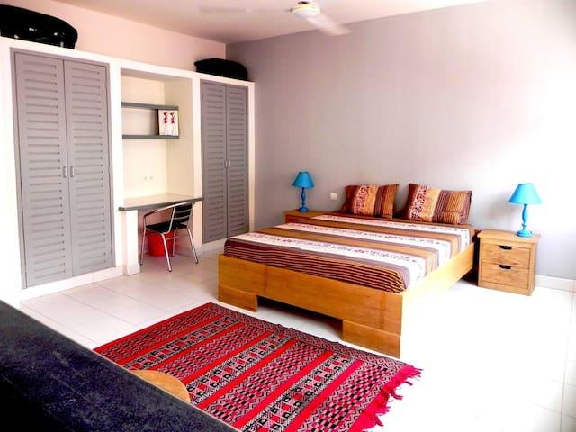 Appartement de standing centre du quartier d'Akwa