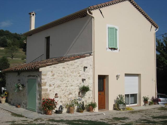 Maison de campagne au calme - Mouans-Sartoux - บ้าน