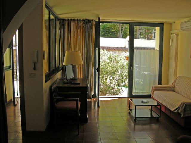 Le Residenze dei Serravallo - Τεργέστη - Αρχοντικό