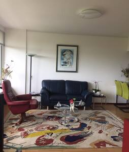 Mooi licht appartement in Rijswijk.