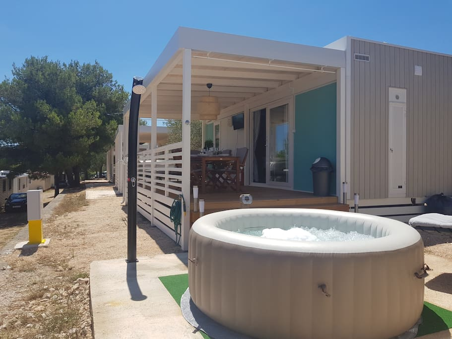 Mobile Home BLUE CLASS, Hot Tube