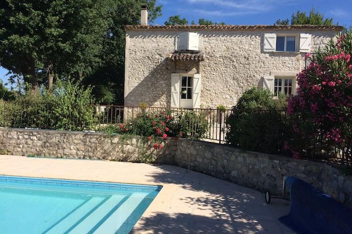 Maison 200 m2, 10 p, superbe vue, piscine privée