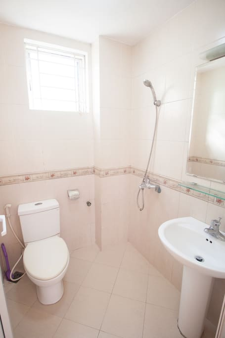 En suite bathroom gets both hot and cold water