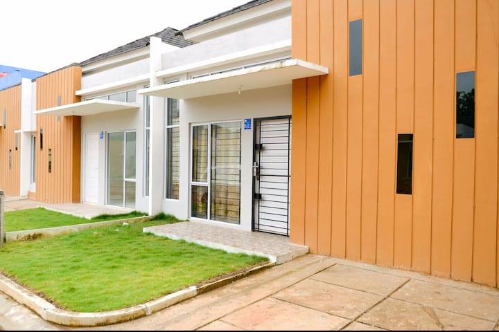 Chan's Habitat - Kota Batam - Casa