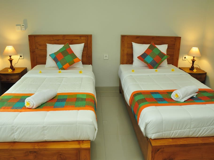 TWIN single beds in this room