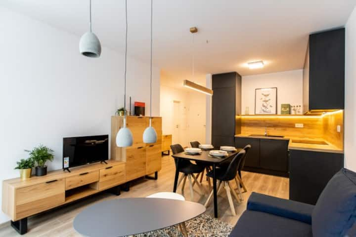 Bratislava, modern apartment with good connection