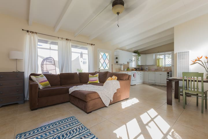Spacious Guest House near LAX/Beach - Los Angeles - Rumah