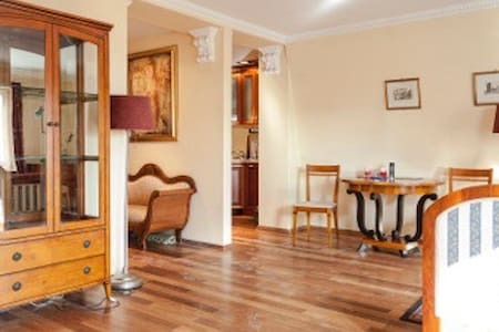Apartment located in the heart of Wroclaw's Rynek. - Wrocław - Lejlighed
