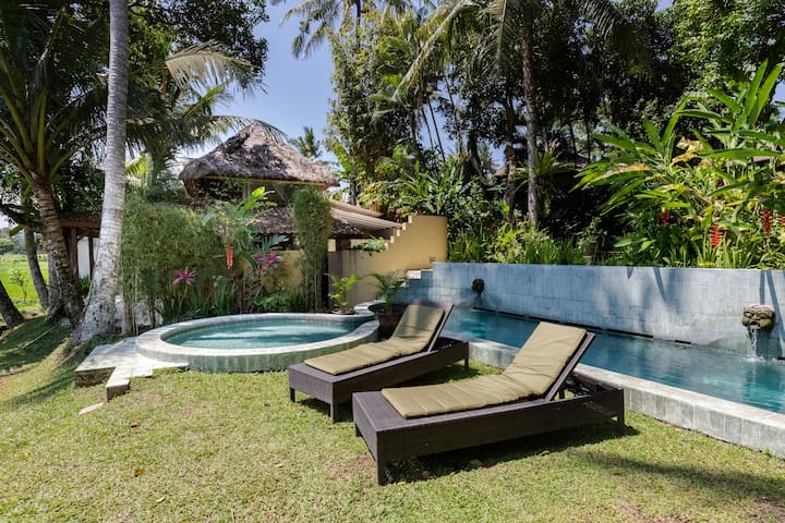 Tranquil Villa Damai in Ubud South
