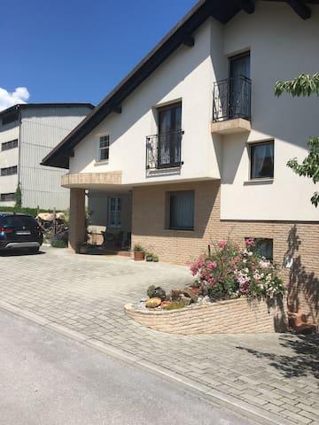 Gemütliches  wohnen  unter Golte - Rečica ob Savinji - House