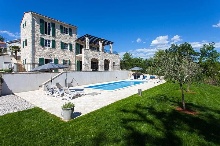 Beautiful 4* Villa Private Pool, Motovun Istria