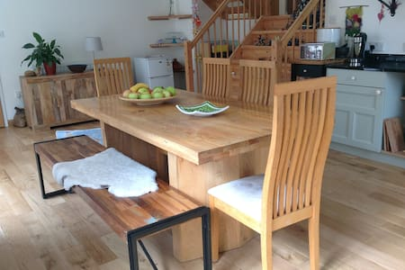 Large room in Cohousing ~ Central Stroud - Stroud