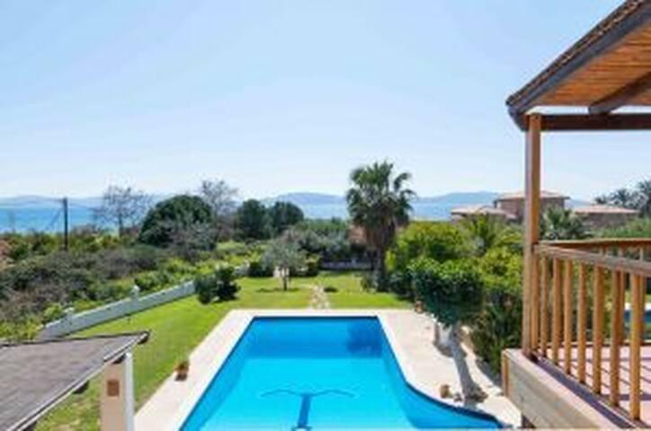 Πολυτελής Εξοχική Κατοικία στη θάλασσα, Πόρτο Ύδρα
