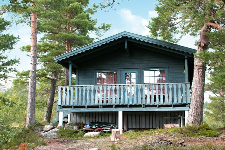 6 person holiday home in ÅSERAL